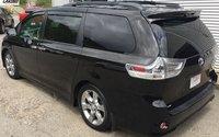 2014 Toyota Sienna SE 8 PASSENGER