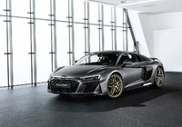 Audi celebrates flagship R8 with Decennium model