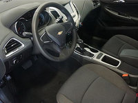 2017 Chevrolet Cruze LS   Photo 1   Jet Black Cloth