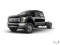 2017 Ford Chassis Cab F-350 XLT | Photo 1 | Shadow Black