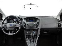 2017 Ford Focus Hatchback SE | Photo 3 | Charcoal Black Premium Cloth