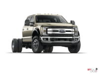 2018 Ford Chassis Cab F-450 LARIAT | Photo 3 | White Gold