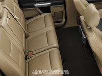 2018 Ford Chassis Cab F-550 LARIAT | Photo 2 | Camel Premium Leather Split Bench(6A)
