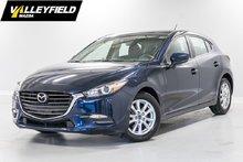 2017 Mazda Mazda3 GS GPS, toit ouvrant et plus!