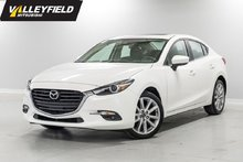 2017 Mazda Mazda3 GT Automatique, toit ouvrant, GPS! Neuf!
