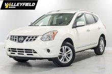 Nissan Rogue SV (CVT) AWD! 2012
