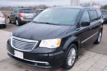 Photo Chrysler Town & Country Heated Seats! Satellite Radio! Back-Up Camera! 2014
