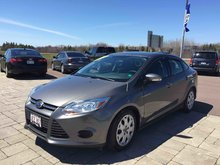 Photo 2014 Ford Focus SE 5-Speed Manual! Low Kms!