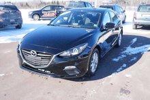 Photo Mazda 3 Only 47k! Bluetooth! Back-Up Cam! Keyless Start! 2014