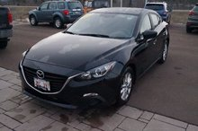 Photo Mazda 3 Push Start! Bluetooth! Back-Up Cam! IIHS TSP+! 2015