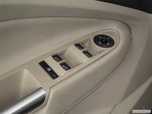 2017 Ford C-MAX ENERGI SE | Photo 3