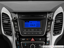 2017 Hyundai Elantra GT GL   Photo 10