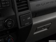 2018 Ford Super Duty F-450 XLT | Photo 27