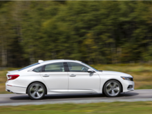 2018 Honda Accord vs 2018 Toyota Camry: If space matters to you