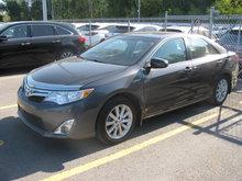 2012 Toyota Camry Hybrid XLE Hybride / Toit Ouvrant / Navigation et plus!
