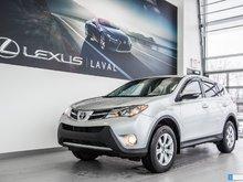Toyota RAV4 FWD-LE-FOGS- 2 SET DE MAG ET PNEUS 2015