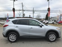 2016 Mazda CX-5 GX-FWD LOW LOW KMS..ONE OWNER..BLUETOOTH..ALLOY WHEELS..DEEP TINTED GLASS..CRUISE...AIR..VERY CLEAN!!
