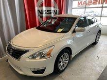 Nissan Altima S, MAGS, PNEUS D'HIVER BAS KILOMETRAGE 2015