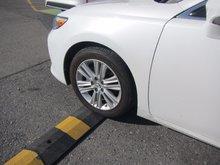 2013 Lexus ES 350 GPS GPS WINTER TIRES