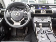 Lexus IS 250 PREMIUM,TOIT, CUIR, TRÈS PROPRE, PNEUS D'HIVER!! 2015 UN PROPRIETAIRE, BAS KILOMÉTRAGE, TRÈS PROPRE, FAUT VOIR