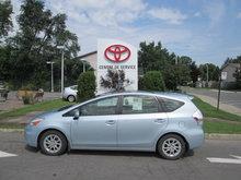 Toyota Prius v LUXURY PKG 2012
