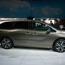 The new 2018 Honda Odyssey launched at the Detroit Auto Show