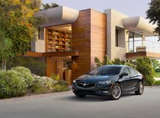 2018 Buick Enclave and 2018 Buick Regal unveiled in New York