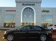 2016 Chrysler 300 Touring 3.6L leather interior/heated seats