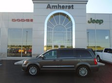 2016 Chrysler Town & Country EX