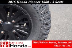 Honda Pioneer 1000 5 seats 2016
