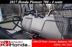 2017 Honda Pioneer700 Deluxe