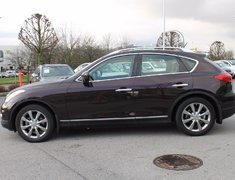 2010 Infiniti EX35 Low KMs, Local, Accident Free !