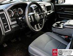 2016 Ram 1500 Quad Cab ST 4x4 HEMI * Tonneau Cover, Step Rails!