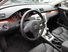 2010 Volkswagen Passat sedan HIGHLINE LEATHER LOW KMS