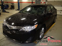 Toyota Camry LE (SPÉCIAL!)  2014