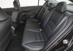 2016 Honda Accord: Always a Winning Choice - 6