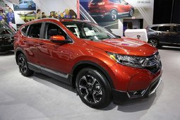 The 2017 Honda CR-V showcased at the Montreal Auto Show - 3