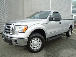 Ford F-150 XLT BOITE 8 PIEDS 4X4 SEULEMENT  17800 KM 2010