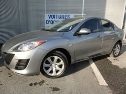 Mazda Mazda3 GX TAUX A PARTIR DE 0.99% 2010 VITRE TEINTÉES