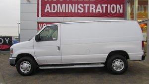 Ford Econoline Cargo Van Version  COURTE 2013 BLANC  COMERCIAL