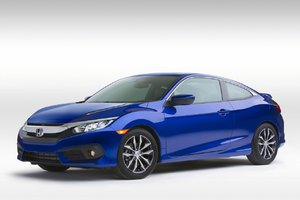 Honda Civic Coupe debuts in Montreal and the 2017 Ridgeline is unveiled in Detroit