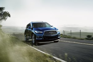 2016 Infiniti QX60 : Redesigned and Available in Vancouver