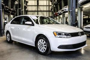 2014 Volkswagen Jetta Sedan Comfortline + Toit Ouvrant New Arrival