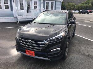 2017 Hyundai Tucson Limited- $197 B/W