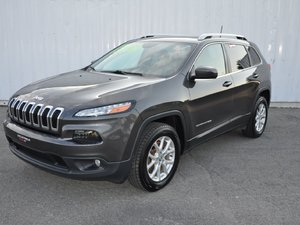 2016 Jeep Cherokee North (DVD Package)