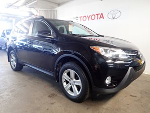 Toyota RAV4 XLE AWD - JAMAIS ACCIDENTÉ 2013