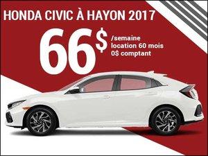 Seulement 66$ par semaine pour louer la Honda Civic à hayon 2017 chez Groupe Vincent à Shawinigan et Trois-Rivières