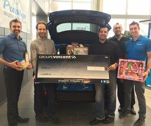 Prestige Mazda remet 700$ à la campagne de panier de Noël du Centre Roland-Bertrand