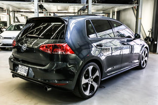 2016 Volkswagen Golf GTI Autobahn (Certified)