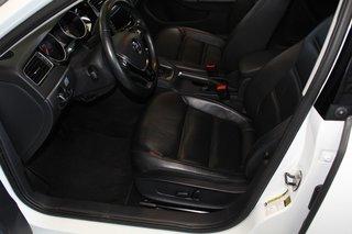 2015 Volkswagen Jetta Sedan Highline Technology Package